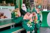 AOK Sachsen-Anhalt startet Spendenaktion auf Weihnachtsmärkten: Sammeln für letzte Wünsche und kranke Kinder